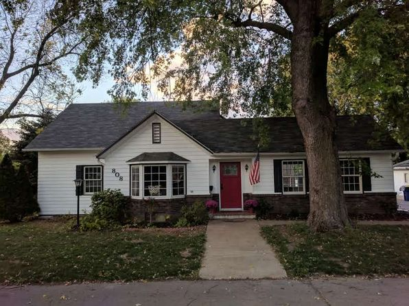 4 bed 2 bath Single Family at 808 E 3rd St Pella, IA, 50219 is for sale at 210k - 1 of 17