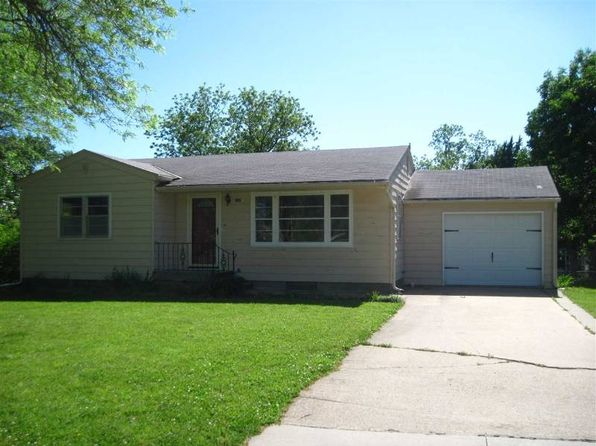 3 bed 2 bath Single Family at 405 N Washington St Council Grove, KS, 66846 is for sale at 99k - 1 of 18