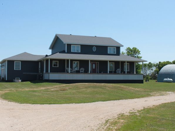6 bed 4 bath Single Family at 8270 County Road 81 Wahpeton, ND, 58075 is for sale at 399k - 1 of 6