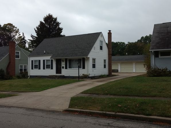 4 bed 2 bath Single Family at 3150 8th St Cuyahoga Falls, OH, 44221 is for sale at 135k - 1 of 2