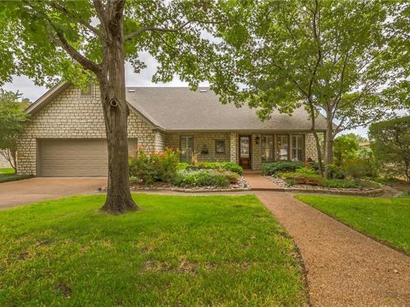 4 bed 4 bath Single Family at 4909 Viejo Ct Granbury, TX, 76049 is for sale at 492k - 1 of 36