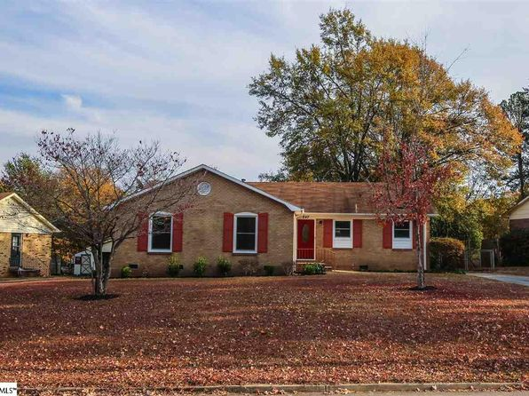 3 bed 2 bath Single Family at 247 Saint Matthews Ln Spartanburg, SC, 29301 is for sale at 130k - 1 of 15