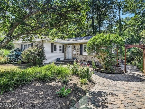 3 bed 4 bath Single Family at 108 W Chestnut Hill Ln Reisterstown, MD, 21136 is for sale at 285k - 1 of 27