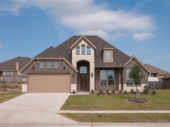 4 bed 2 bath Single Family at 126 Hillcrest Way Crandall, TX, 75114 is for sale at 253k - 1 of 26