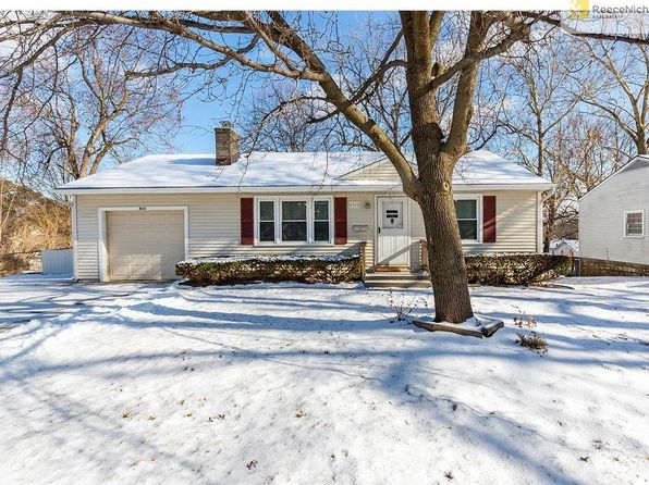 2 bed 2 bath Single Family at 8515 Lowell Ave Overland Park, KS, 66212 is for sale at 165k - 1 of 20