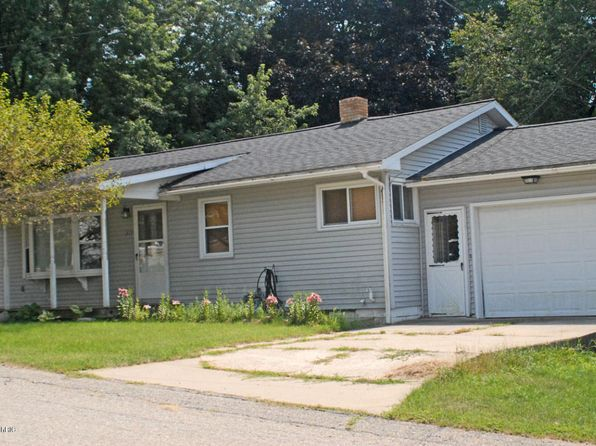2 bed 1.5 bath Single Family at 315 Harrison St Shelby, MI, 49455 is for sale at 115k - 1 of 9