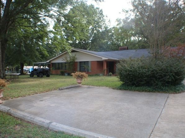 4 bed 3 bath Single Family at 674 Ej Henry Rd Grenada, MS, 38901 is for sale at 904k - 1 of 19