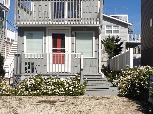 3 bed 2 bath Single Family at 135 E 14th St Ship Bottom, NJ, 08008 is for sale at 700k - 1 of 14