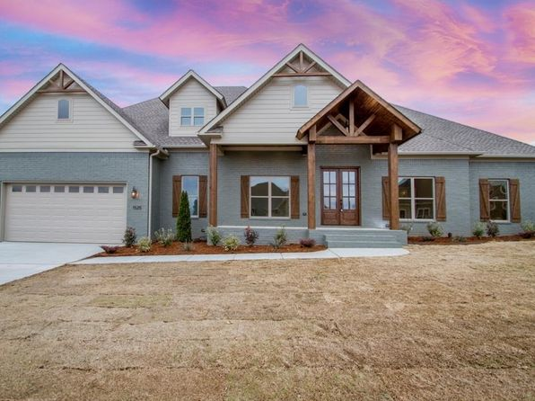 4 bed 3 bath Single Family at 1525 Winterbrook Dr Conway, AR, 72034 is for sale at 415k - 1 of 36
