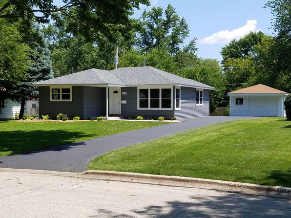 3 bed 1 bath Single Family at 2902 South Ct Rolling Meadows, IL, 60008 is for sale at 245k - 1 of 12