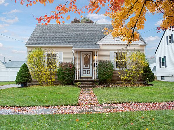 3 bed 2 bath Single Family at 1401 Allendale Ave Akron, OH, 44306 is for sale at 69k - 1 of 26
