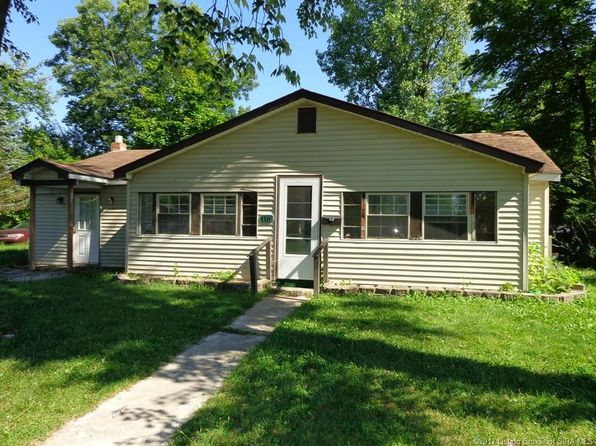 3 bed 1 bath Single Family at 116 Bank St Austin, IN, 47102 is for sale at 19k - 1 of 24
