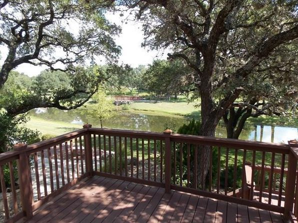 3 bed 2 bath Single Family at 104 W Creekview Dr Fredericksburg, TX, 78624 is for sale at 369k - 1 of 26