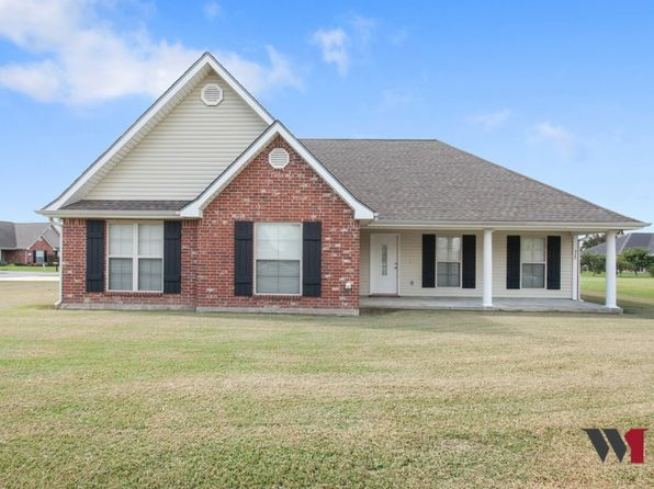 3 bed 2 bath Townhouse at 920 S Thomson Ave Iowa, LA, 70647 is for sale at 179k - 1 of 16
