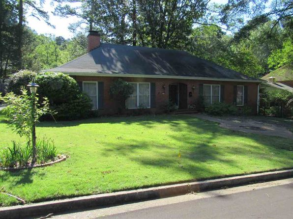 4 bed 3 bath Single Family at 4074 Eastwood Dr Jackson, MS, 39211 is for sale at 260k - 1 of 24
