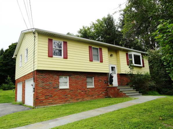 3 bed 2 bath Single Family at 140 Jackson Rd Hopewell Junction, NY, 12533 is for sale at 325k - 1 of 26