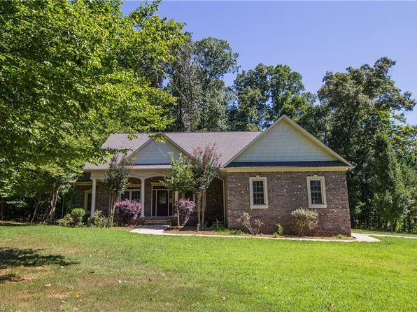 3 bed 3 bath Single Family at 237 Moss Brook Dr Lexington, NC, 27292 is for sale at 275k - 1 of 30