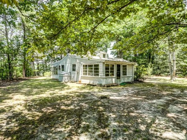 3 bed 1 bath Single Family at 1135 Bennett Farm Rd Locust Hill, VA, 23092 is for sale at 259k - 1 of 38