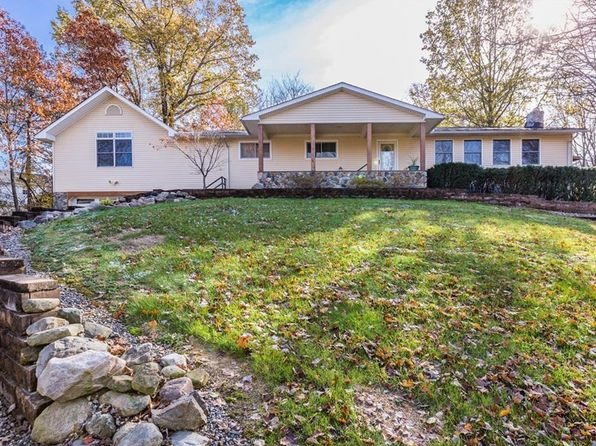 5 bed 4 bath Single Family at 9836 Hoose Rd Mentor, OH, 44060 is for sale at 280k - 1 of 35