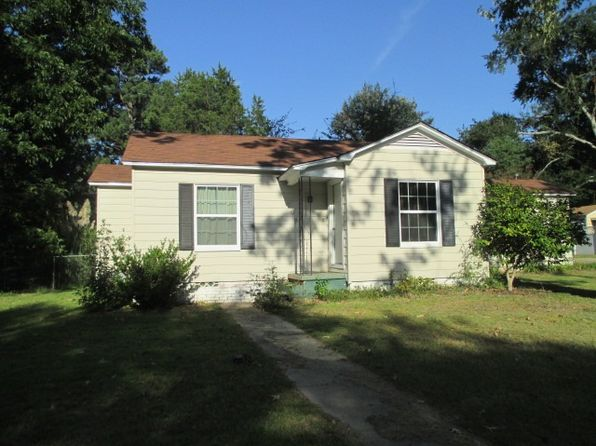 2 bed 1 bath Single Family at 208 Wylie St Henderson, TX, 75652 is for sale at 72k - 1 of 16