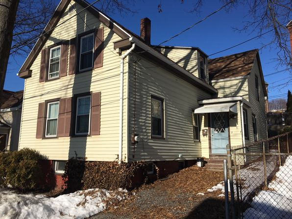 3 bed 1 bath Single Family at 5 WINTHROP ST PORTLAND, ME, 04101 is for sale at 294k - 1 of 9