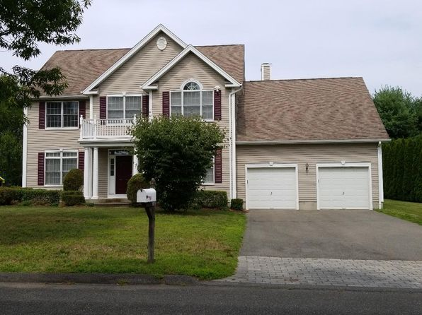 4 bed 3 bath Single Family at 15 MYRTLEWOOD DR MILFORD, CT, 06461 is for sale at 529k - 1 of 3