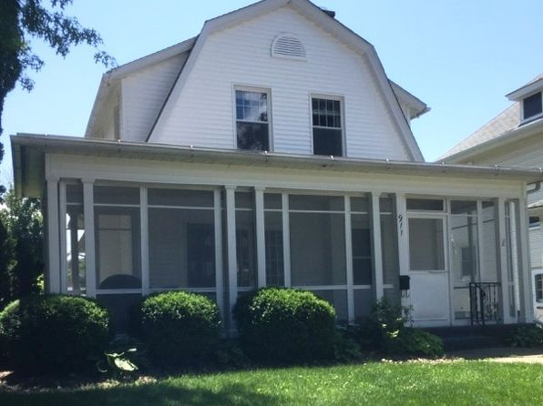 3 bed 2 bath Single Family at 911 Grand Ct Davenport, IA, 52803 is for sale at 155k - 1 of 24