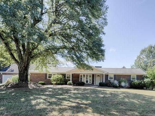 3 bed 3 bath Single Family at 2519 Primm Rd Charlotte, NC, 28216 is for sale at 375k - 1 of 24
