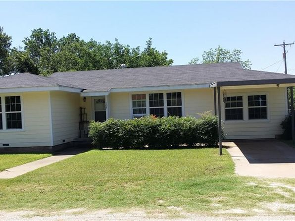 3 bed 1 bath Single Family at 104 E Binney Strawn, TX, 76475 is for sale at 75k - 1 of 26