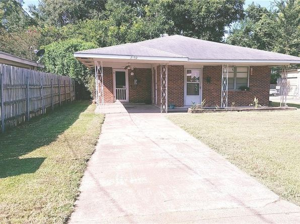 4 bed 2 bath Single Family at 2152 Simmons St Alexandria, LA, 71301 is for sale at 96k - 1 of 9