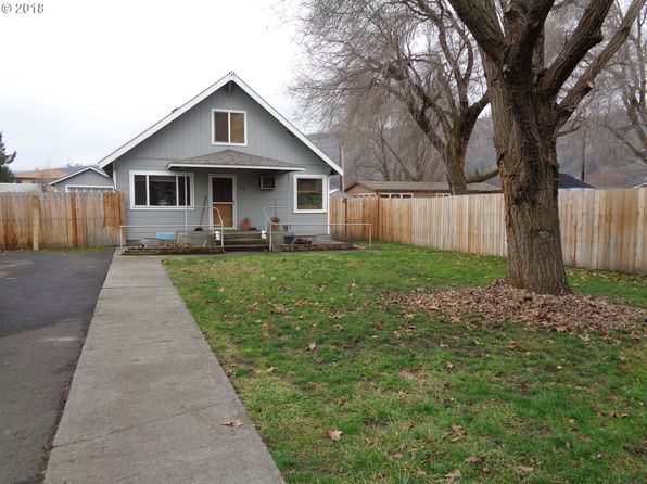 3 bed 1 bath Single Family at 838 GARDEN CT THE DALLES, OR, 97058 is for sale at 195k - 1 of 17