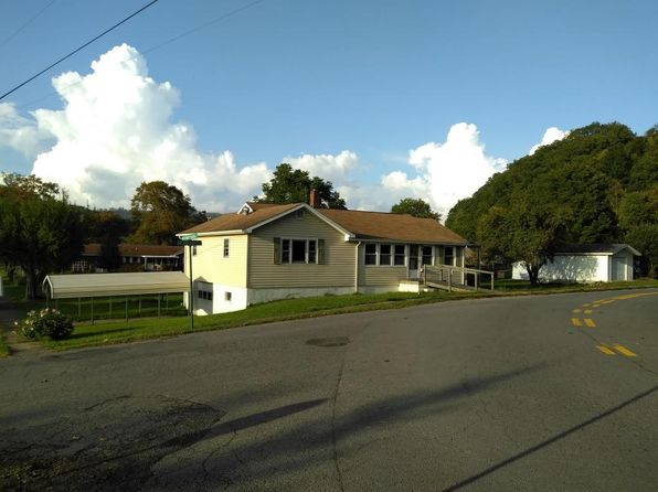 3 bed 2 bath Single Family at 178 16th St Rainelle, WV, 25962 is for sale at 63k - 1 of 25