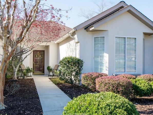 2 bed 2 bath Single Family at 7 Duxbury Ln Bluffton, SC, 29909 is for sale at 286k - 1 of 28