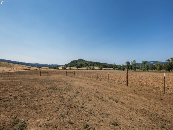 null bed null bath Vacant Land at 960 Elkhead Rd Yoncalla, OR, 97499 is for sale at 399k - 1 of 27