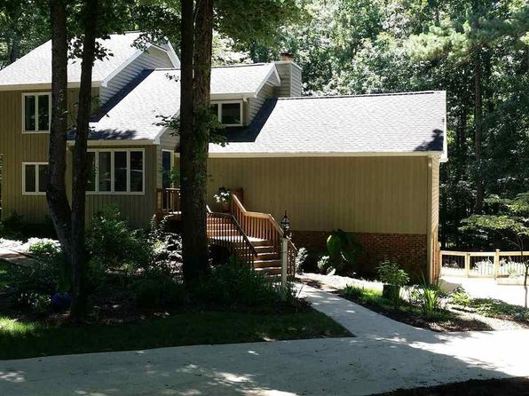 4 bed 4 bath Single Family at 4909 Wood Valley Dr Raleigh, NC, 27613 is for sale at 489k - 1 of 25