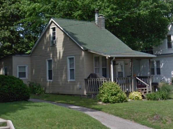 2 bed 1 bath Single Family at 243 Brackett St Swansea, IL, 62226 is for sale at 65k - 1 of 10