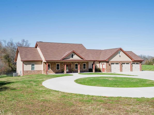 5 bed 4 bath Single Family at 4448 S HICKORY LEVEL RD CARROLLTON, GA, 30116 is for sale at 440k - 1 of 36