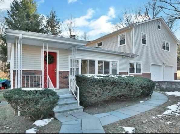3 bed 2 bath Single Family at 4 Azalea Dr Putnam Valley, NY, 10579 is for sale at 329k - 1 of 24