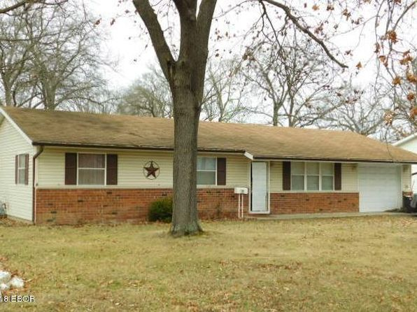 3 bed 2 bath Single Family at 310 E Jennings St Salem, IL, 62881 is for sale at 72k - 1 of 20