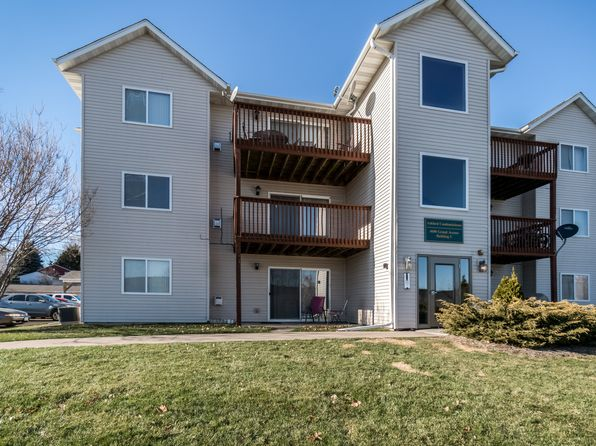 2 bed 1 bath Condo at 4600 Grand Ave Davenport, IA, 52807 is for sale at 87k - 1 of 13