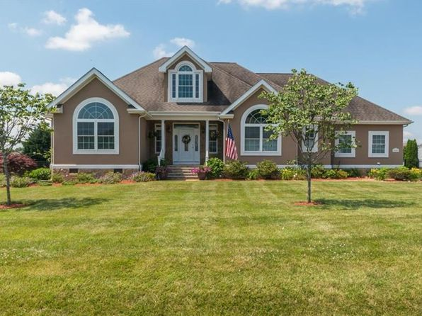 4 bed 4 bath Single Family at 15080 Oyster Shell Dr Milton, DE, 19968 is for sale at 470k - 1 of 28