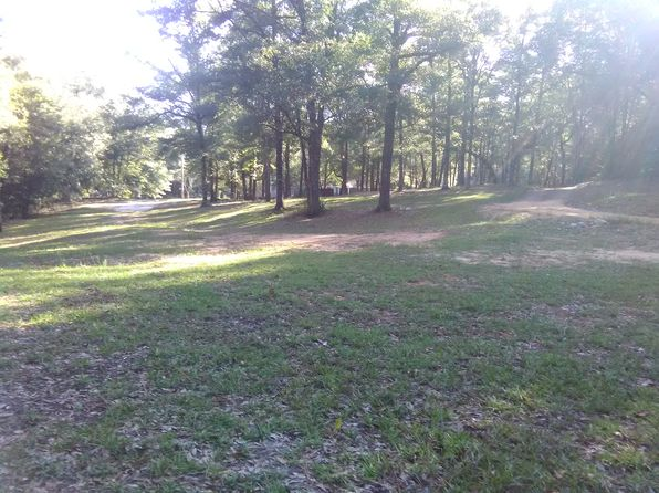 3 bed 2 bath Single Family at 9550 Cleborne Rd Chunchula, AL, 36521 is for sale at 133k - 1 of 22