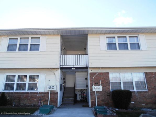 2 bed 1 bath Condo at 2D Connecticut Ct Matawan, NJ, 07747 is for sale at 105k - 1 of 11