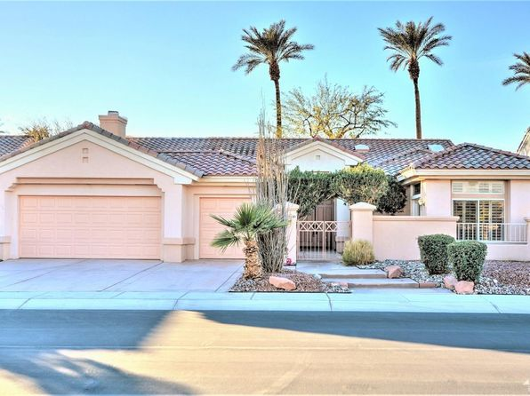 2 bed 3 bath Single Family at 38239 Grand Oaks Ave Palm Desert, CA, 92211 is for sale at 400k - 1 of 32