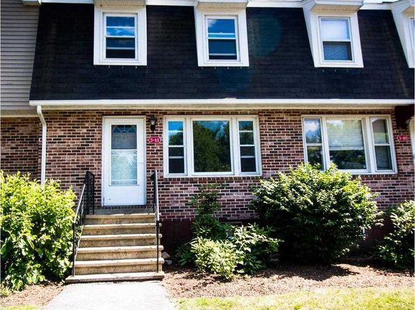2 bed 1.5 bath Townhouse at 3-11 Oakwood Ln Goffstown, NH, 03045 is for sale at 140k - 1 of 15