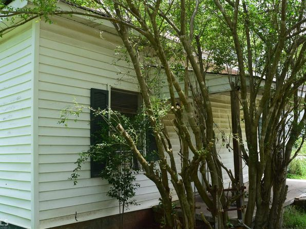 2 bed 1 bath Single Family at 137 Barnes Aly Cedartown, GA, 30125 is for sale at 40k - 1 of 12