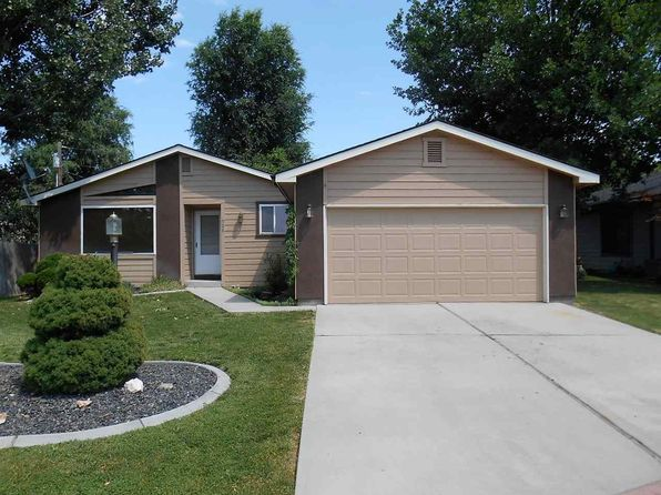 3 bed 1.5 bath Single Family at 528 W Cobblestone Pl Nampa, ID, 83651 is for sale at 155k - 1 of 19