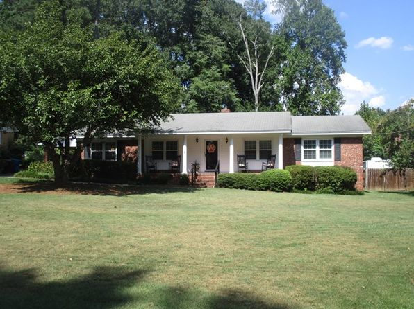 3 bed 2 bath Single Family at 211 Evergreen Dr Greenwood, SC, 29649 is for sale at 170k - 1 of 32