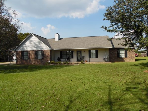 3 bed 3 bath Single Family at 1225 Fletcher Smith Rd Cottonwood, AL, 36320 is for sale at 169k - 1 of 12