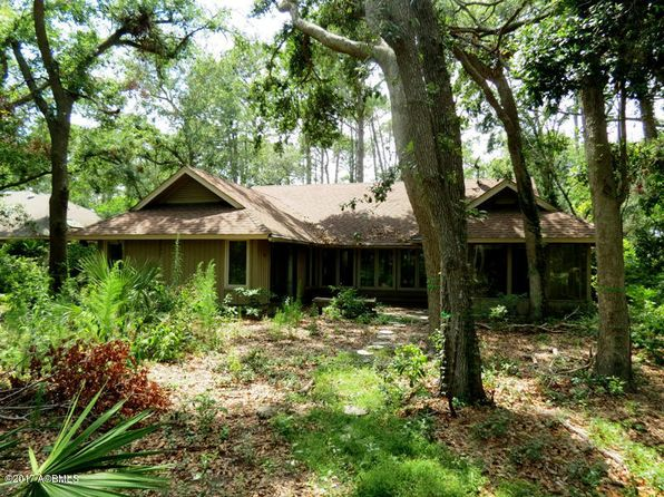 3 bed 2 bath Single Family at 7 Barony Ln Hilton Head Island, SC, 29928 is for sale at 335k - 1 of 16